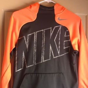 Nike Therma-Fit Hoodie Sweatshirt Youth Size Large